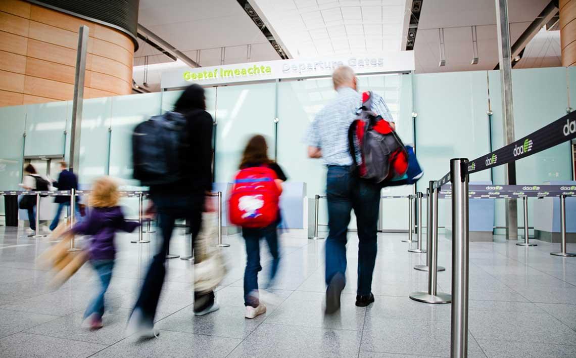 airport_passengers_1