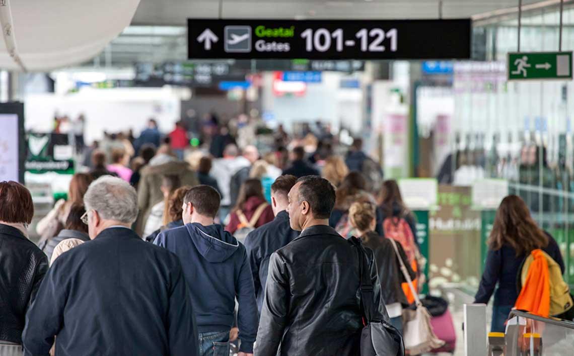 busy Dublin airport