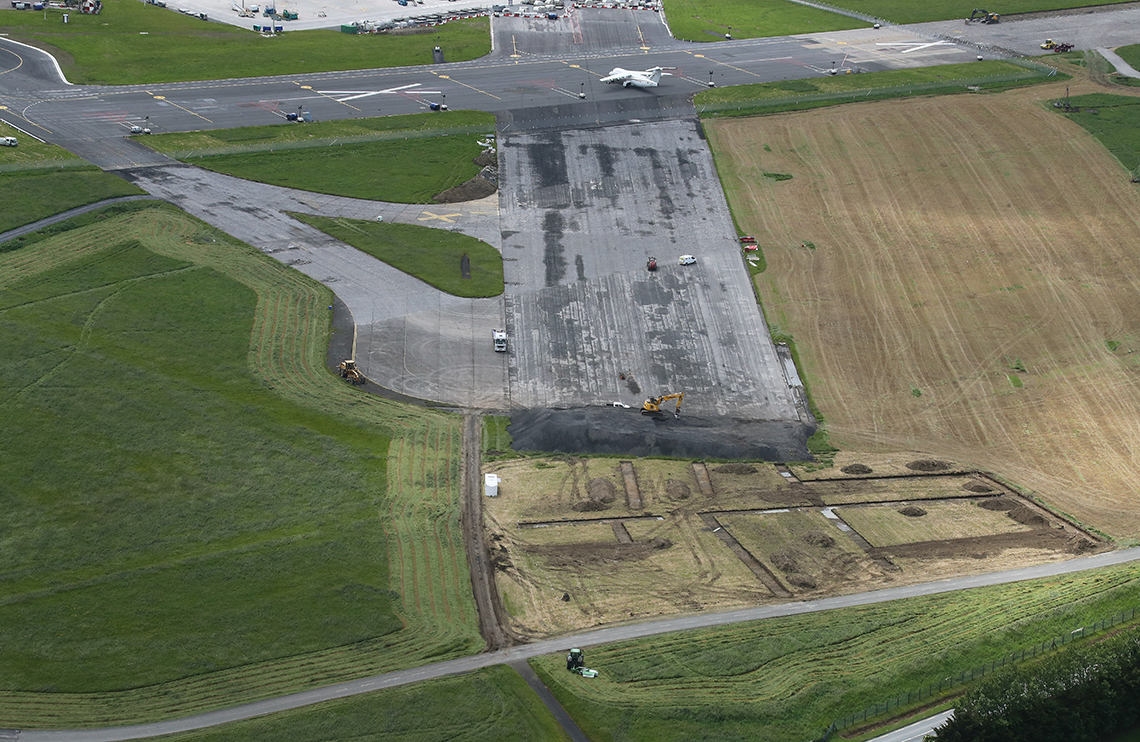 north runway, dublin airport