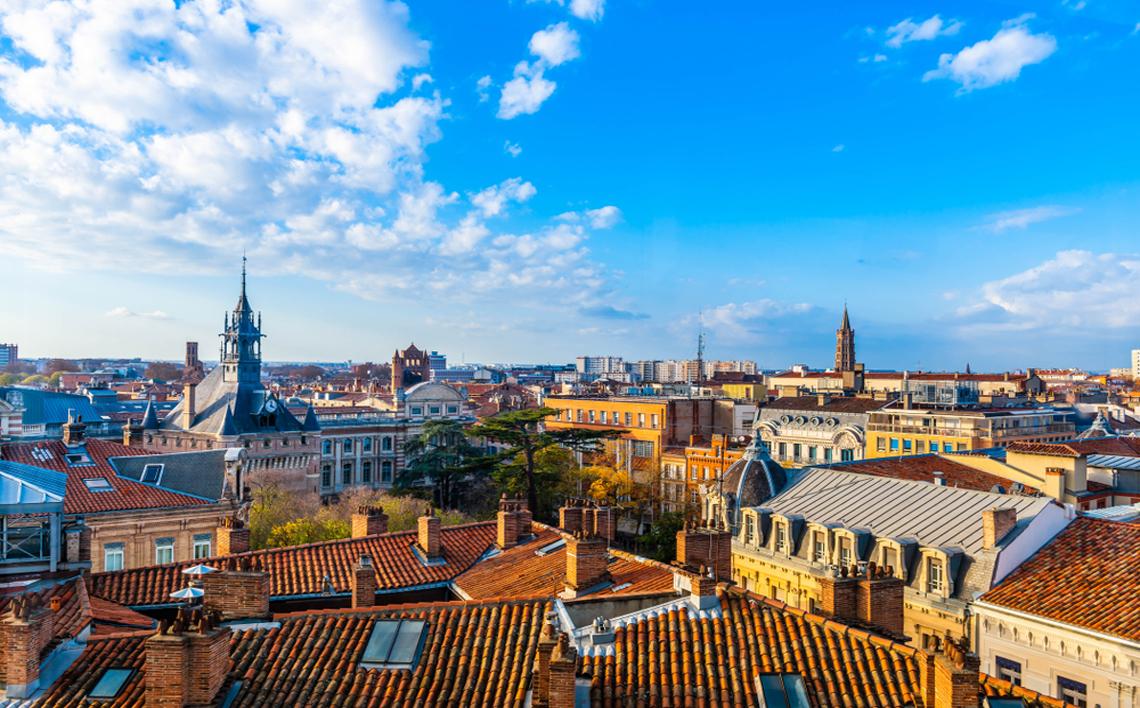 DUB+-Dublin-Airport-Ryanair---Toulouse